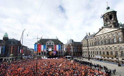 Hollanda 123 yıl sonra kralına kavuştu