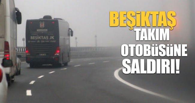 Antalya'da Beşiktaş otobüsüne saldırı!