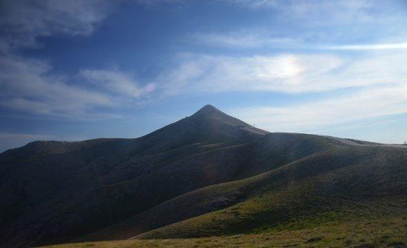 Nemrut Dağı renkleriyle büyülüyor