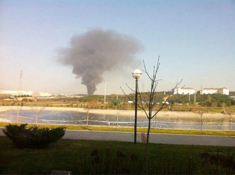 Tuzla'da bir fabrikada yangın çıktı