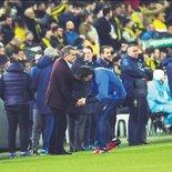 Fenerbahçe - Beşiktaş derbisinden kareler