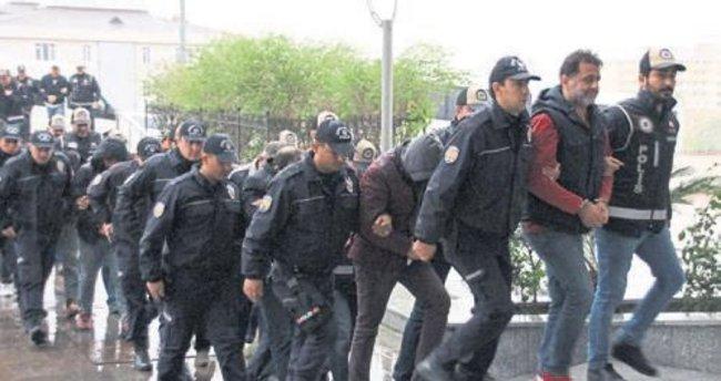 Ördekler Grubu'na polisten baskın