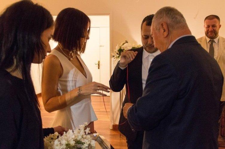 Gülşen'den nişanlısının ailesine büyük jest