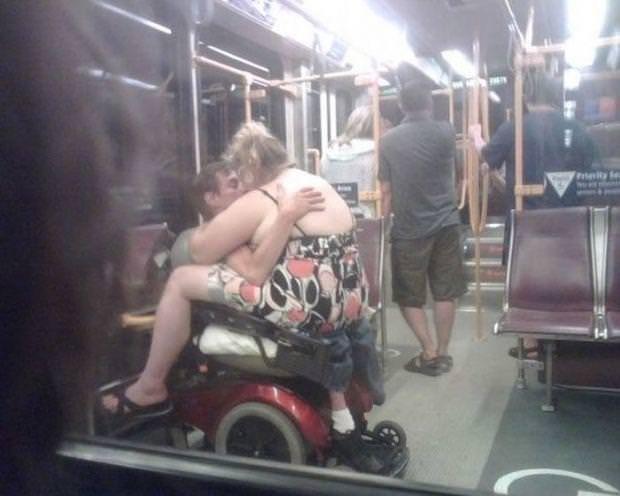 Toplu taşıma araçlarından şaşırtan görüntüler