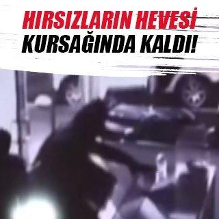 Kuyumcu soyguncularının hayal kırıklığı kamerada