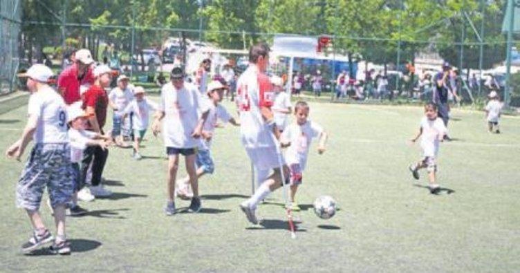 Serebral Palsili çocukların futbol müsabakası heyecanı