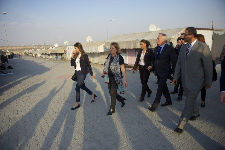 Fransa Dışişleri Bakanı Ayrault Gaziantep'te