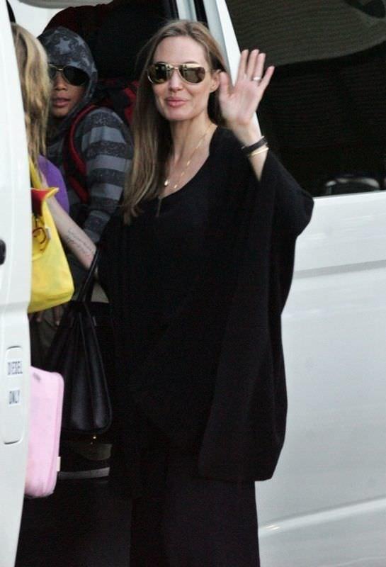 Angelina Jolie çok erken çöktü
