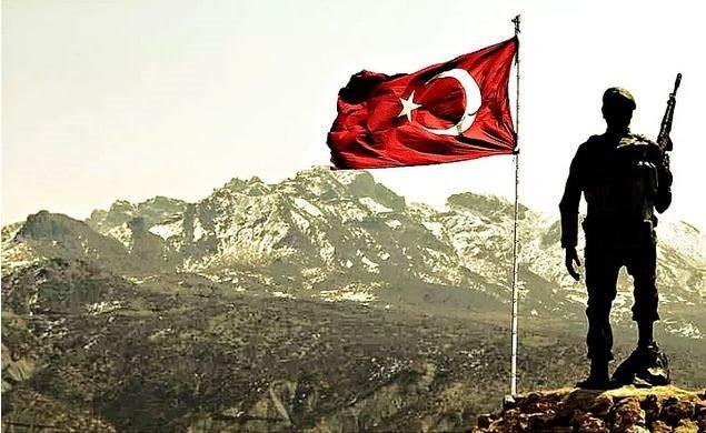 Empati:Doğu Anadolu'nun Kritik Bir Karakolunda Asker Olmak