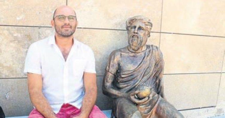 Urla'daki heykel tartışma yarattı