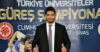 Taha Akgül adına spor salonu açıldı
