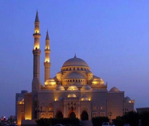 Dünyanın en ilginç ve güzel camileri