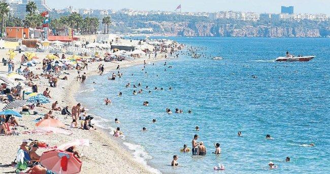 Batı Akdeniz'e tatilci akını