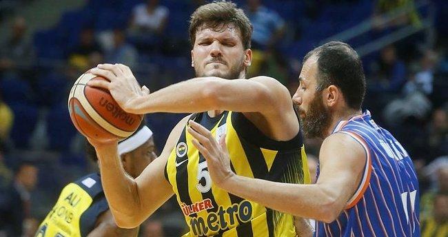 Fenerbahçe, Best Balıkesir'i farklı mağlup etti