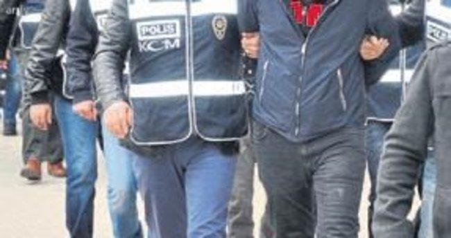 İzmir ve Manisa'da 9 kişi tutuklandı