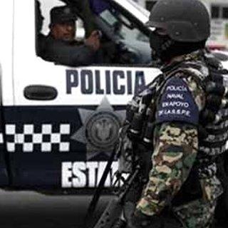 Meksika'da silahlı kişiler restoran bastı: 4'ü çocuk 11 ölü!