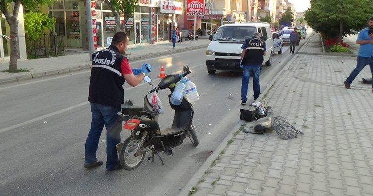 Minibüs elektrikli bisiklete çarptı: 1 yaralı