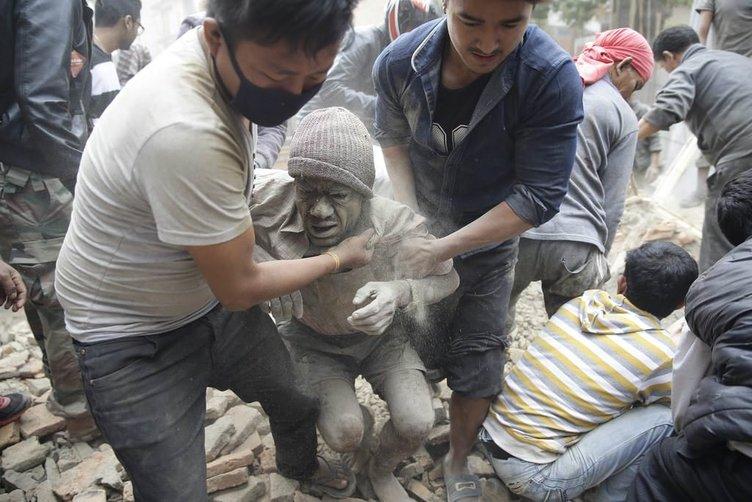 Nepal'de 7,9'luk deprem