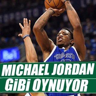 NBA'e DeMar DeRozan damgası