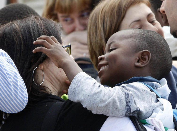 İtalyan aileler Kongolu evlatlarına kavuştu