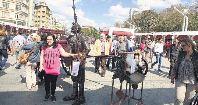 Taksim Meydanı festival ile coştu