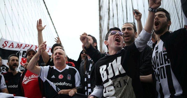 Beşiktaşlılar, Brooklyn Köprüsü'nde