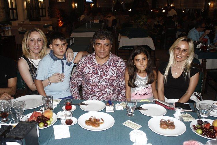 Beyin ölümü gerçekleşen İbrahim Erkal'ın eşi Filiz Akgün ve çocukları kimdir?