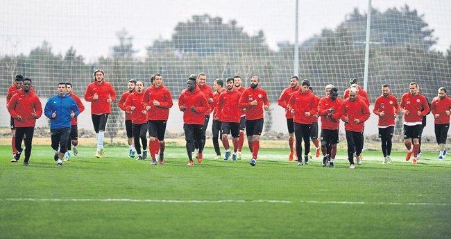 Önce Beşiktaş