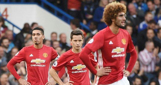 Ne olacak bu Manchester United'ın hali...