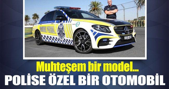 Polise özel bir otomobil