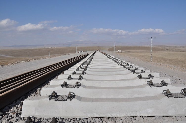 Bakü-Tiflis-Kars Demir Yolu hattında sona yaklaşıldı