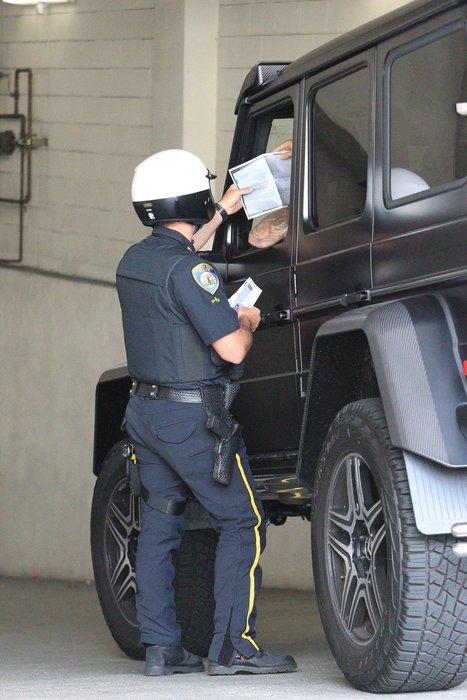 Justin Bieber ceza almaktan kurtulamadı