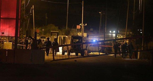 İsrail askerleri bir Filistinliyi öldürdü!