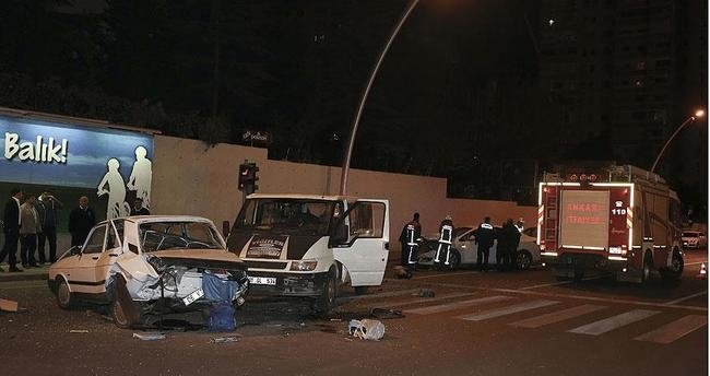 Ankara'da zincirleme trafik kazası: 4 yaralı