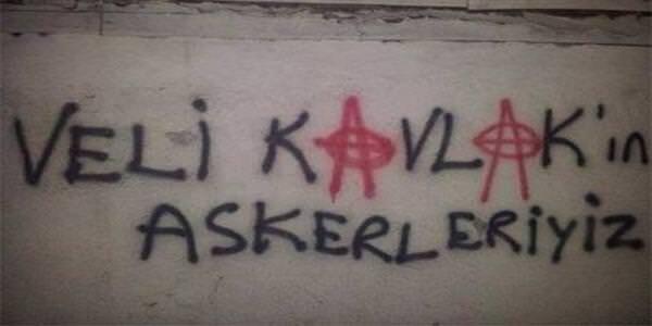 Beşiktaş taraftarlarından efsaneleşmiş 37 pankart ve duvar yazısı