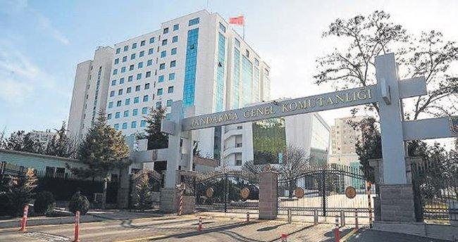 Jandarma'dan bin 218 ihraç