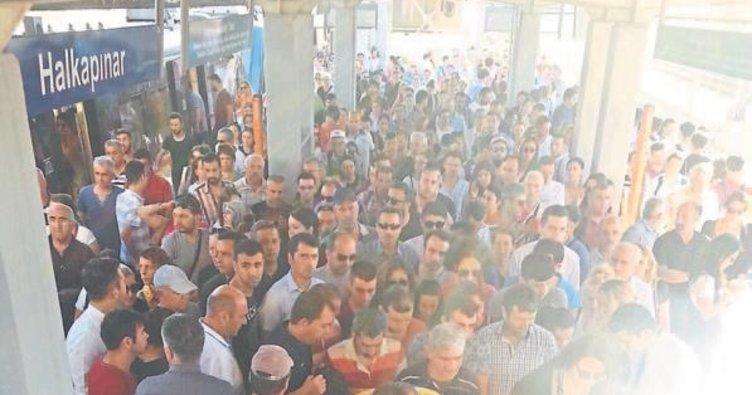 Grev İzmir'i vurdu