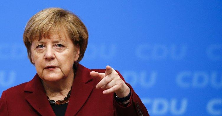 Merkel'den Türkiye ve İran'a Katar çağrısı!