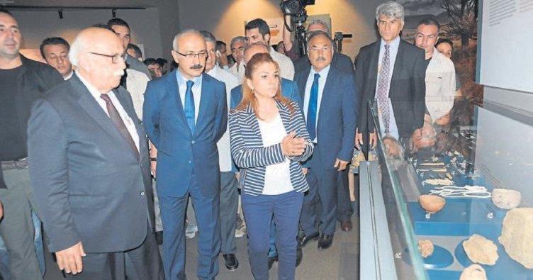 Adana ve Mersin'e Arkeoloji Müzesi