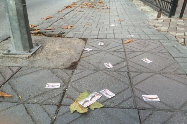 Fuhuş kartvizitleri'ne çözüm bekleniyor!