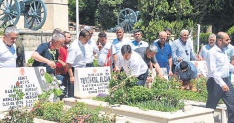 AK Parti Tarsus'tan 15 Temmuz mevlidi