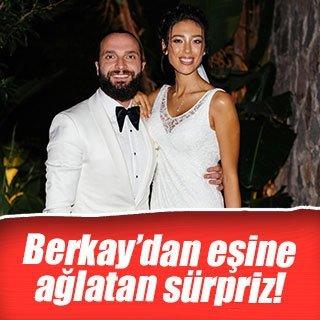 Berkay'dan eşine romantik sürpriz