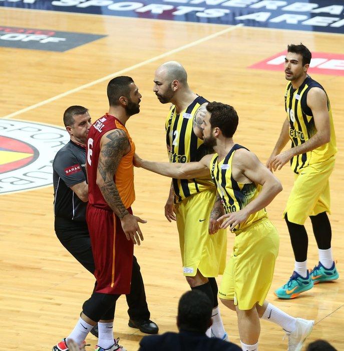 Aziz Yıldırım'dan Ergin Ataman'a sert tepki