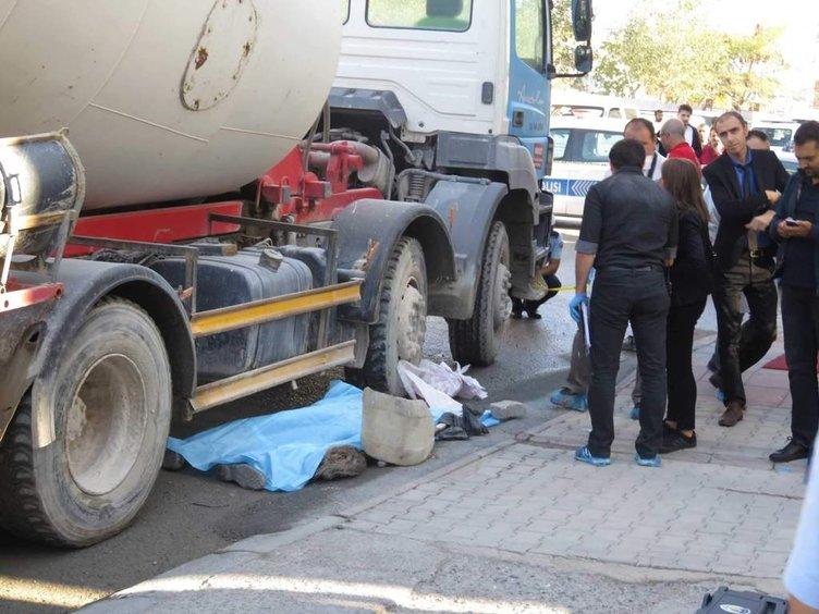 Temizlik işçisinin beton mikseri altında feci ölümü