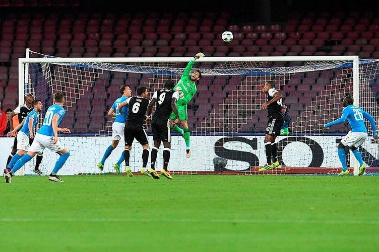 Napoli - Beşiktaş maçı sosyal medyayı salladı
