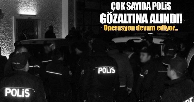 Van merkezli 3 ilde FETO operasyonu: 14 polis gözaltında