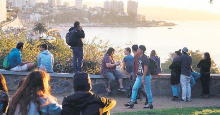 Şili'de '8.3 büyüklüğünde deprem olacak' paniği
