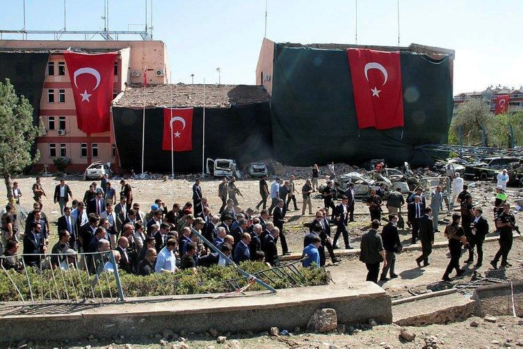 Başbakan'ım PKK'lı FETÖ'cü hainlerden hesap soralım