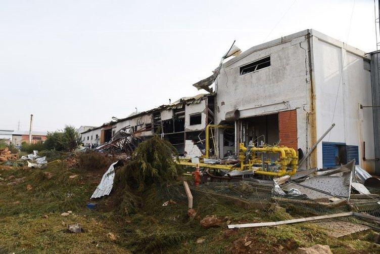 Antalya'da fabrikada patlama