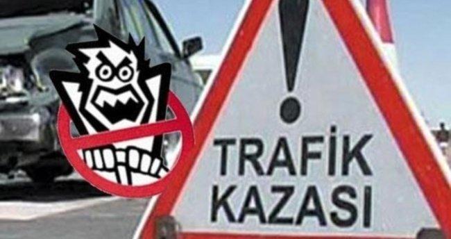 Kastamonu'da iki kamyonet çarpıştı: 8 yaralı